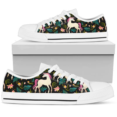 Unicorn in Floral Men Low Top Canvas Shoes