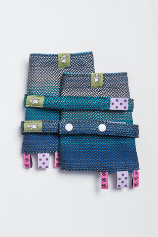 OceanoKidz.com - LennyLamb Drool Pads & Reach Straps Set - Little Herringbone Illusion (100% Cotton)