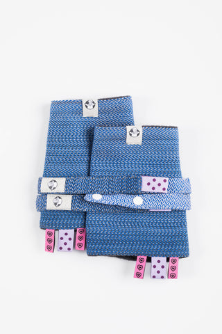OceanoKidz.com - LennyLamb Drool Pads & Reach Straps Set - Little Herringbone Ombre Blue (60% cotton, 40% polyester)