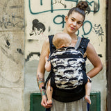 Liliputi® Buckle Carrier Rainbow Line - Moustache