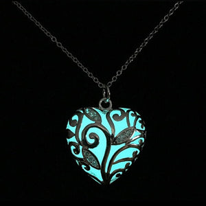 New Glow In The Dark Locket Silver Hollow Glowing Stone Pendant Statement Chocker Pendants Necklace For Women
