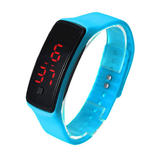 2017 Colorful saat Ultra Thin Girl Relogios masculino Sports Silicone Digital LED Sports Wrist Watch women men Rushed