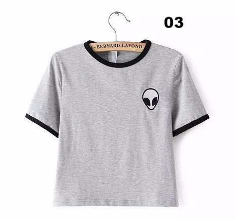 New Women T shirt Alien Pocket Print Funny Casual Hipster Shirt For Lady White Black Grey Top Tees Hipster