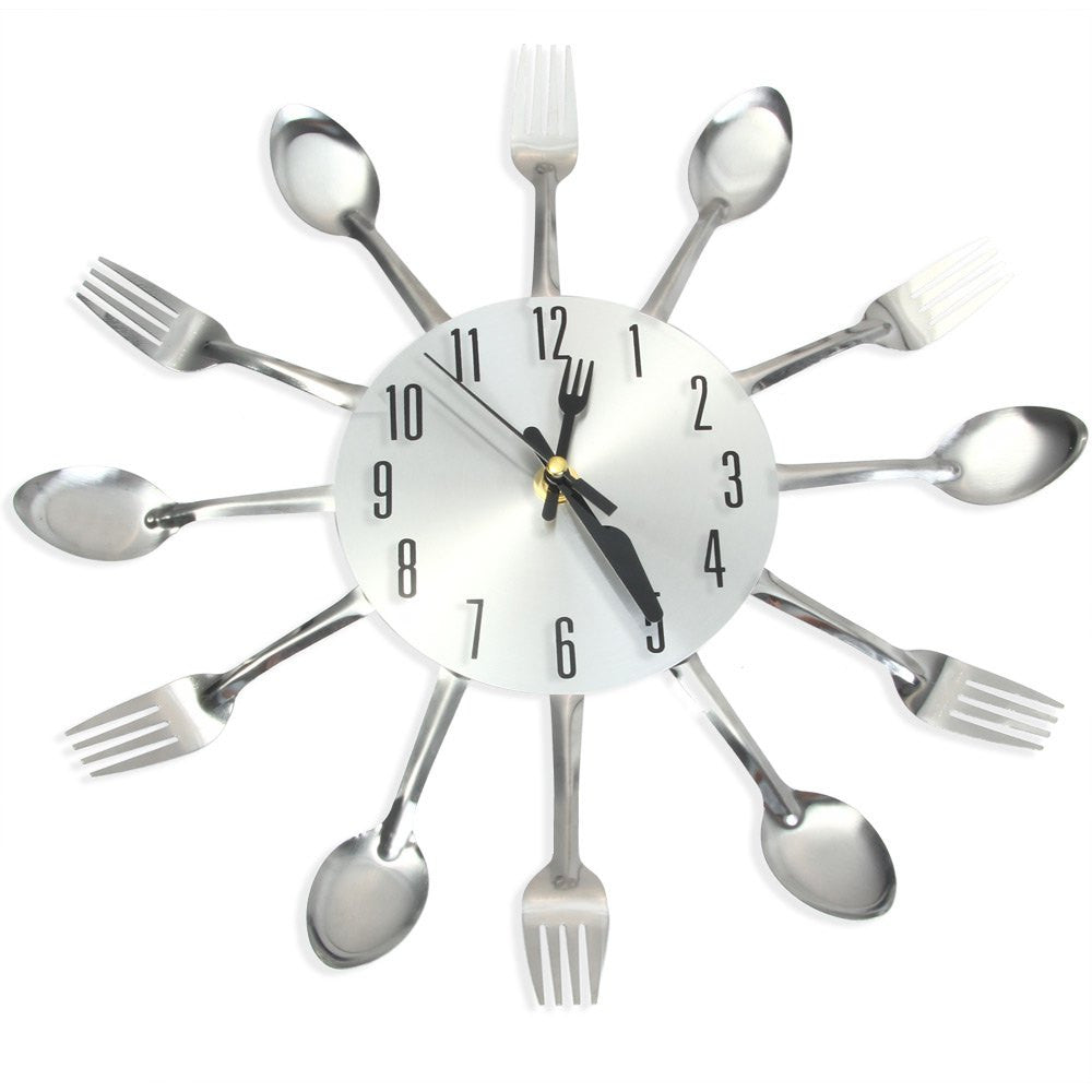 2016 Modern Sliver Cutlery Kitchen Wall Clock Spoon Fork Creative Mirror Wall Stickers Mechanism New Design Home Decor
