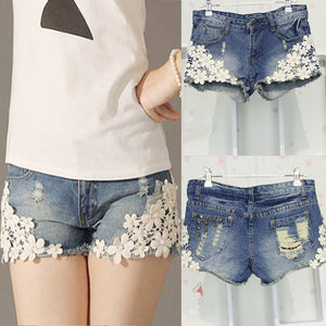 Lace Floral Beading Women Wash Jeans Denim Shorts Rivet Decorated Summer Fashion Lady Short Pants Trousers