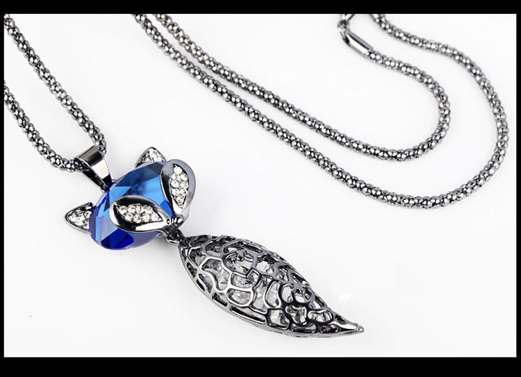 New Arrival 2016 Vintage Necklaces Zinc Alloy Blue Crystal Jewelry Fox Necklace Pendant Women Sweater Necklace Long Necklace