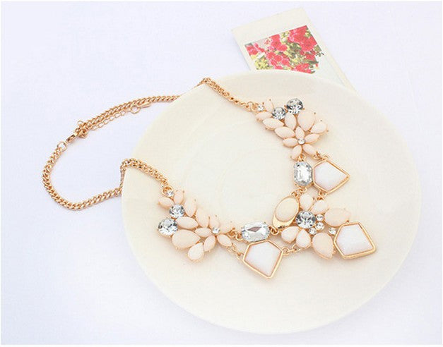 New Fashion Z Designer Choker Necklace For Women 107236