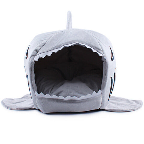 2016 2 Size Pet Products Warm Soft Dog House Pet Sleeping Bag Shark Dog Kennel Cat Bed Cat House cama perro - Gifts Leads