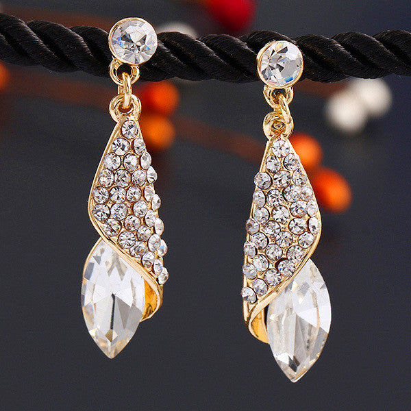 2016 Luxury Brand Jewelry Fashion Statement  Crystal Earrings 4 Colors Rhinestone Water Drop Elegant Charm Earring Brincos