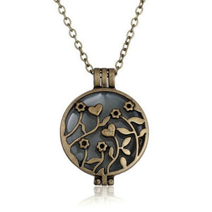 Steampunk Pretty Magic Round Fairy Locket Glow In The Dark Pendant Necklace Gift Glowing Luminous Vintage Necklaces Random color