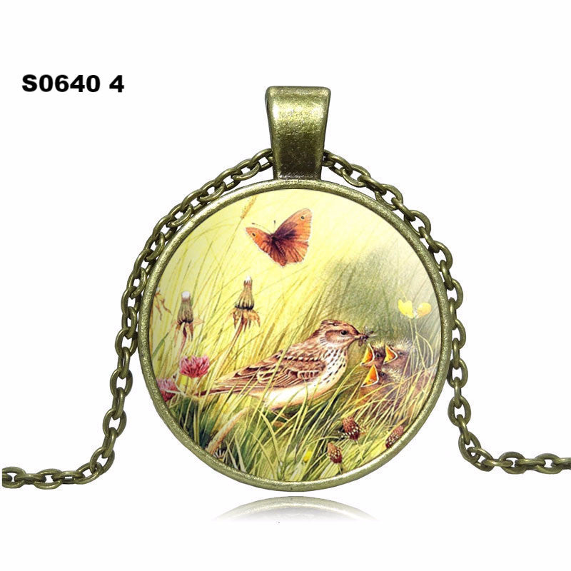 2016 Fashion Birdie Butterfly Pendant Necklace glass cabochon Vintage Bronze Accessories statement chain Necklace Women Jewelry