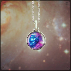 Fashion New Double Sided Design Galaxy Nebula Space Cabochons Vintage Silver Tone Alloy Pendant Necklace Friendship Best Gift
