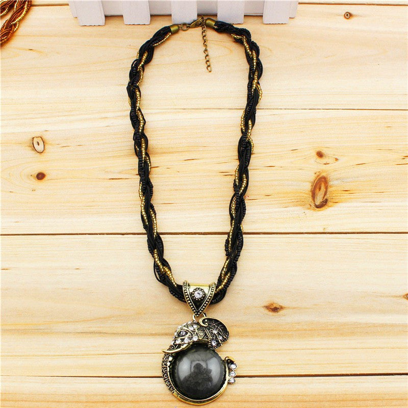 Fashion Jewelry Retro Craft Antique Bronze Plated Millet Chain Cute Crystal Elephant Pendant Necklace N190