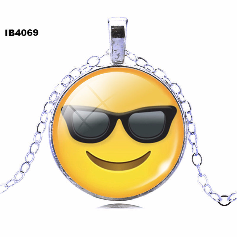2016 Classic Emoticons Picture Statement Chain Necklace Fashion Silver Color Glass Cabochon Collars for Women Fine Jewelry