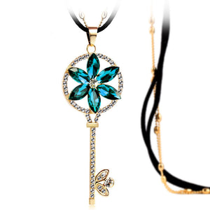 Top Quality Key Necklace Zinc Alloy Blue And Green Crystal Necklace Rhinestone Pendant Necklace Long Necklaces Jewelry For Women