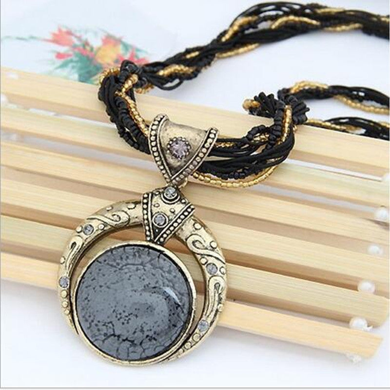 Bohemian  Women Necklace Jewelry Fashion Popular Retro Bohemia Style Multilayer Beads Chain Crystal Gem Grain Pendant Necklace