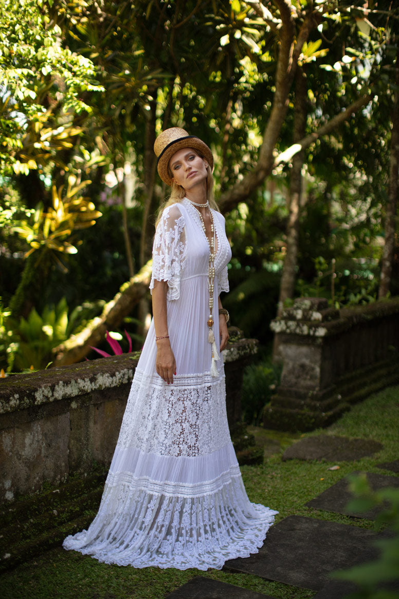 WHITE MAXI DRESS WITH SHORT SLEEVES