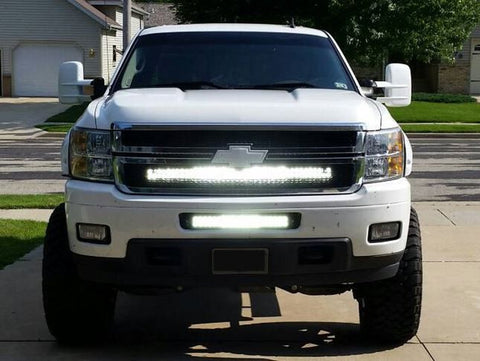 20 inch and 40 inch LED Light Bar with bumper and grille brackets for 2007-2013