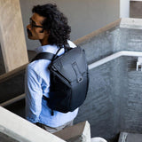 (Clearance) Peak Design Everyday Carry 20L Backpack - Ash