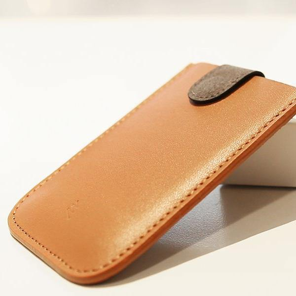 Allocacoc Dax V2 Cascading Pull-Tab Leather Wallet - Brown - Oribags.com