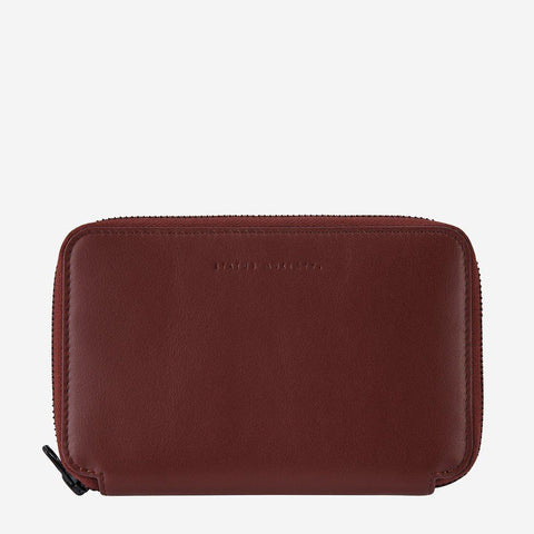Status Anxiety Men Leather Travel Wallet Vow - Cognac