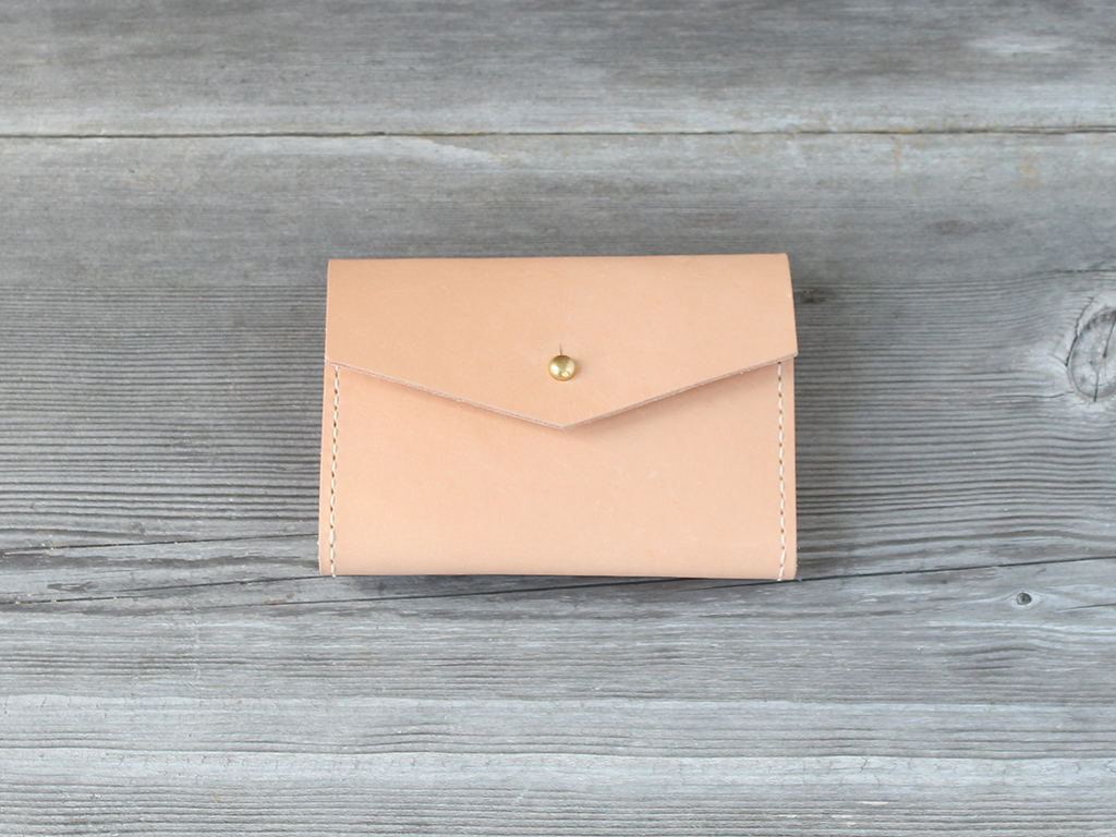 Short Wallet  |  Nude