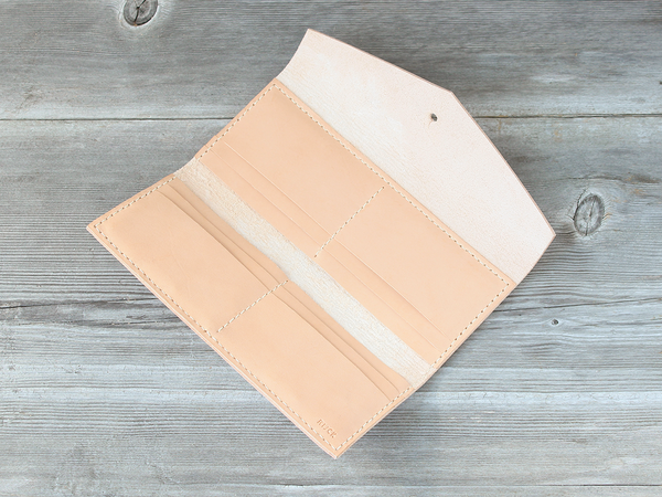Long Wallet  |  Nude