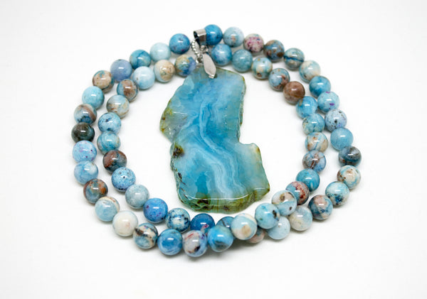 Hemimorphite Necklace with Blue Agate Pendant