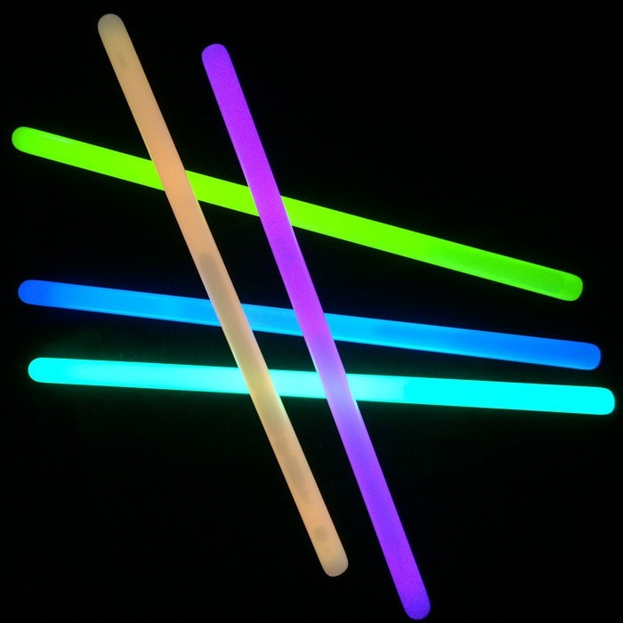 Glow In Dark Party Lights Brancelets - 100 pcs
