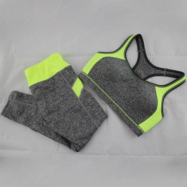 Woman Sportswear - Fitness Top + Elastic Capri
