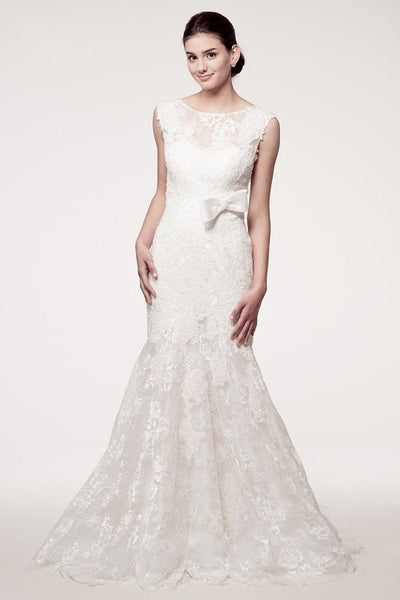 Sleeveless Trumpet Lace Bridal Off White Dress - Prom And Bridal Dress House