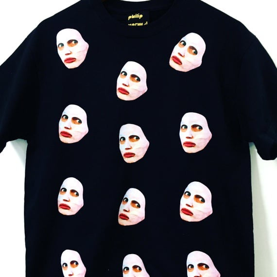 Alyssa Beauty Mask T-Shirt
