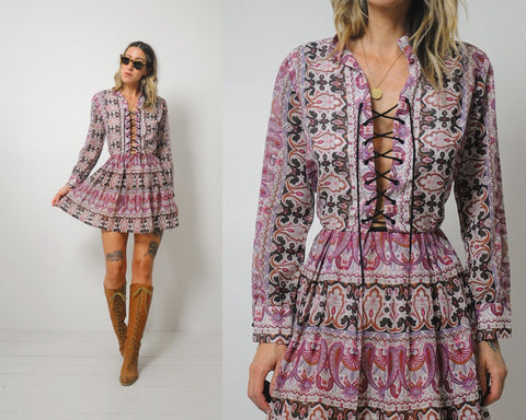 70's Lace up Paisley dress