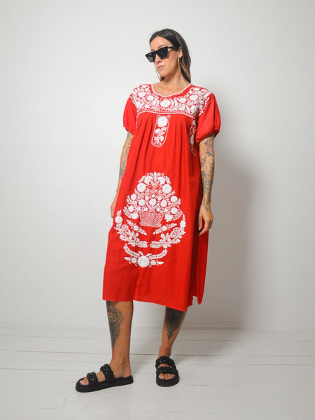 Playa del Amor Embroidered Dress