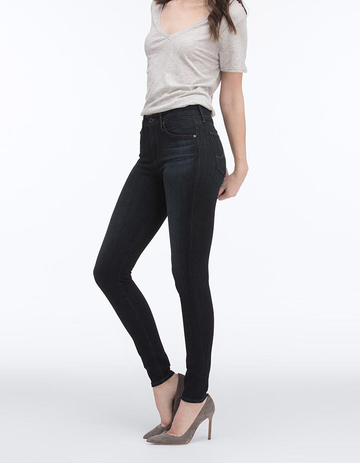 AG Jeans Farrah High Rise in Brooks