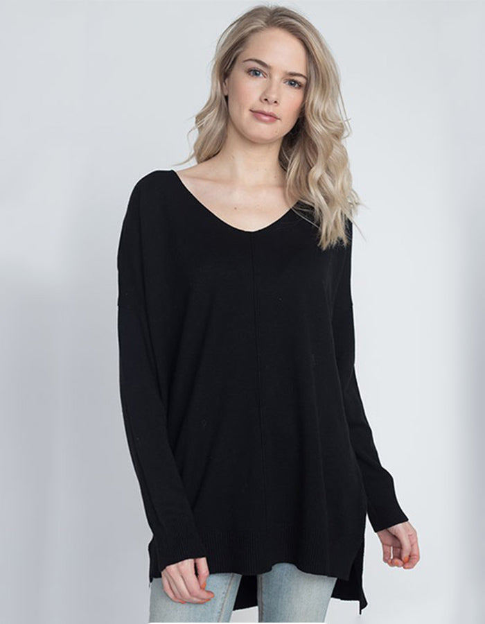 Carry On Tunic Sweater (Black or Olive)
