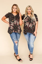Kiki LaRue Brody Black Patterned Short Sleeve Top