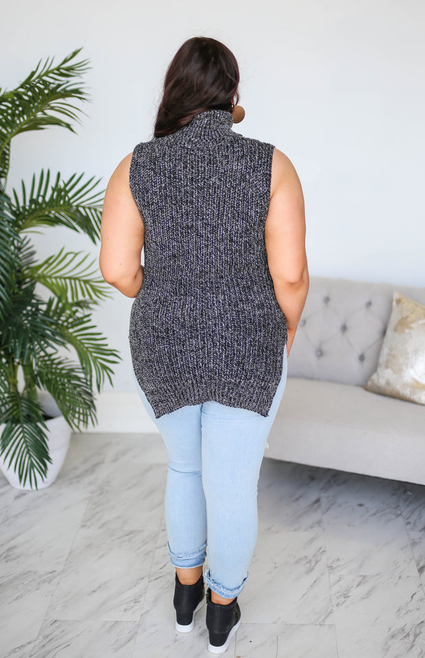 Kiki LaRue Caila Grey Turtleneck Sleeveless Tunic Sweater