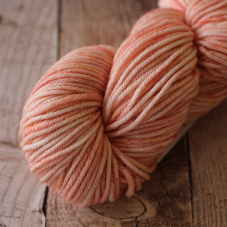 Pickle Chunky / 12ply Yarn - Pastel Peach