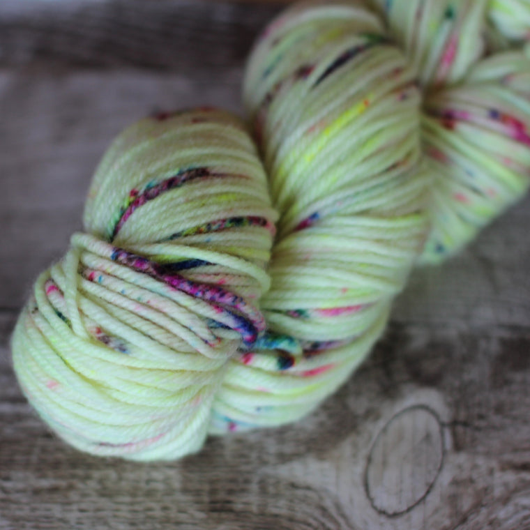Pickle Chunky / 12ply Yarn  - Atomic Jasmine
