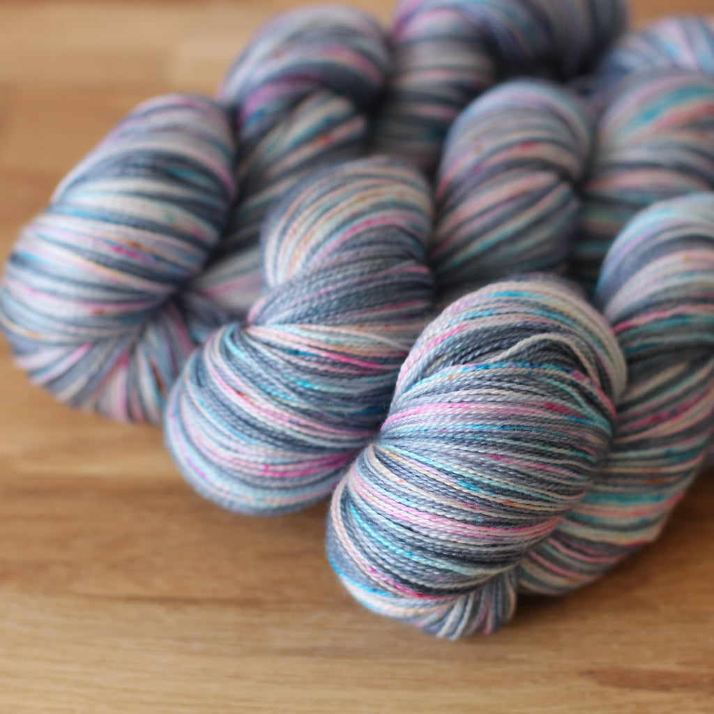 Pickle Silky Lace / 2ply Yarn - Nina