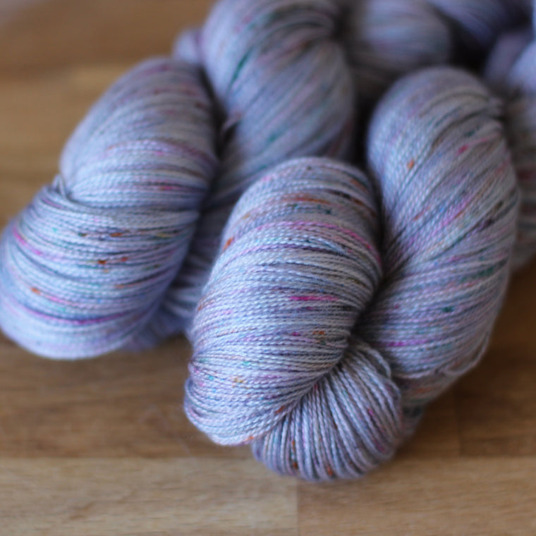 Pickle Silky Lace / 2ply Yarn - Osaka