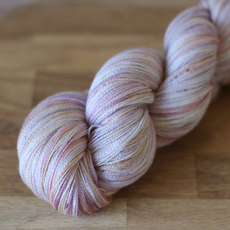 Pickle Silky Lace / 2ply Yarn - Casper
