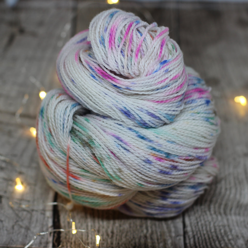 White Gum Wool 4ply - Jasmine