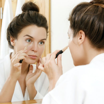 Concealer; Makeup Tips for Women Over 40