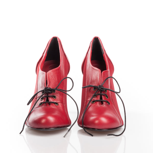 Amsterdam, Shoes - Available at MosstoUSA. One shoe, infinite possibilities.