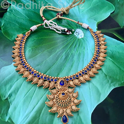 Antique Gold Look - Blue Sapphire Chandrika Pearl Necklace