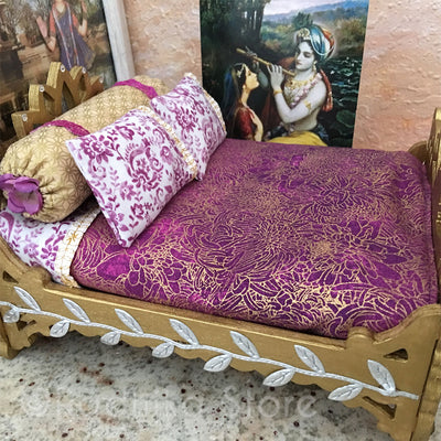 "Golden Vrindavan Lotus Bed - 8"" Inch"