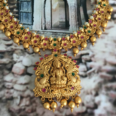 Sri Lakshmi Flower Pearl Necklace