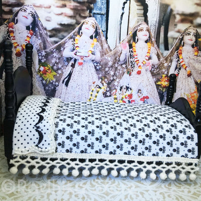 Krshna Balaram Poster Bed Set